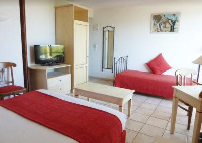 chambre-hotel-aubagne-marseille-1
