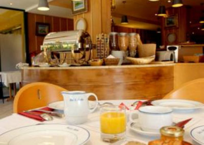 petit-dejeuner-hotel-gemenos-aubagne-1